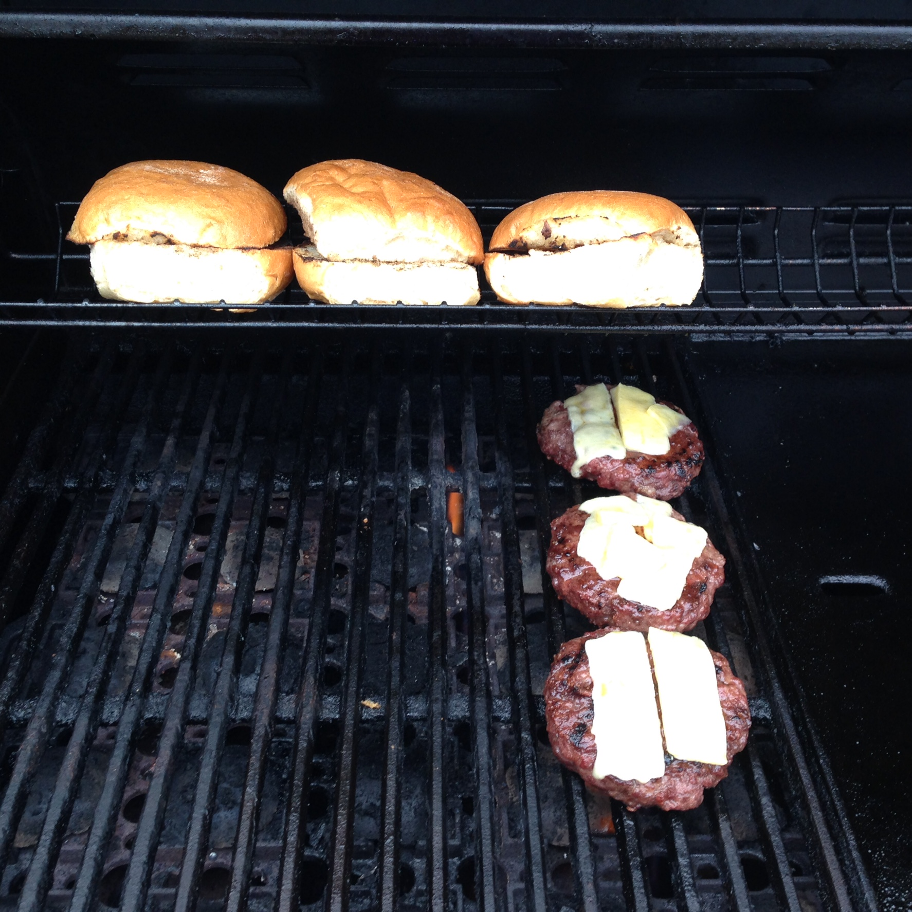 Brendon's BBQ Top Tips: The Burger